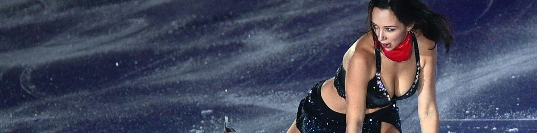 Елизавета Туктамышева участвует в показательных выступлениях финала Гран-при по фигурному катанию в Ванкувер