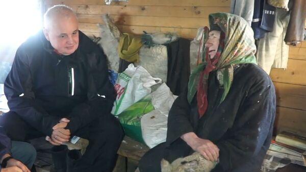 Глава Кузбасса навестил сибирскую отшельницу