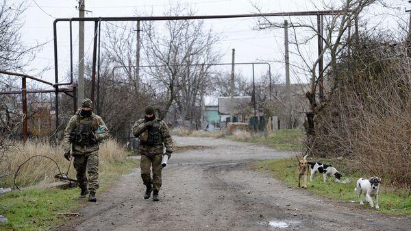 12 украинских диверсантов подорвались при попытке проникнуть в ЛНР - 5 убитых , 3 раненых