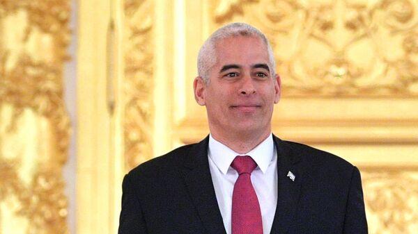 Чрезвычайный и полномочный посол Республики Куба Херардо Пеньяльвер Порталь