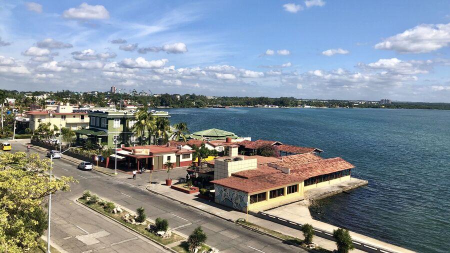 Вид на Сьенфуэгос, Куба