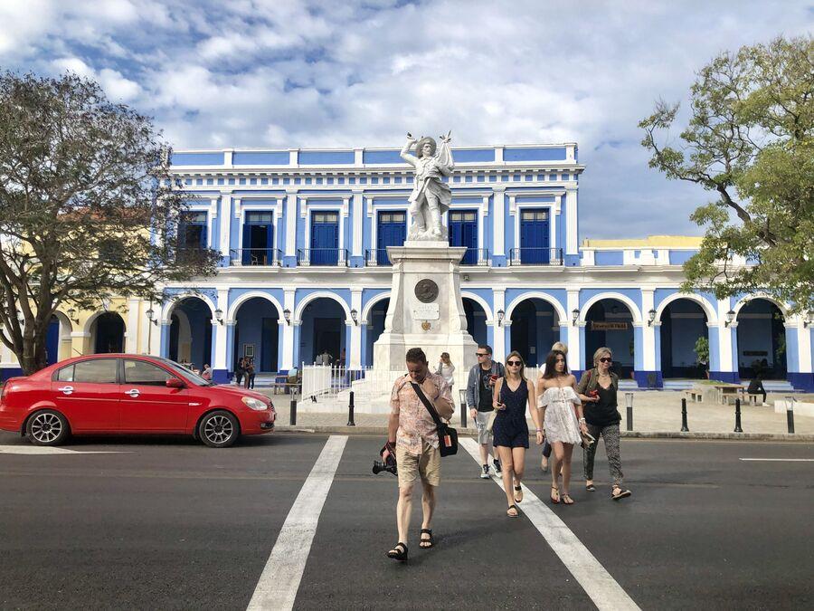 Туристы, Матансас, Куба