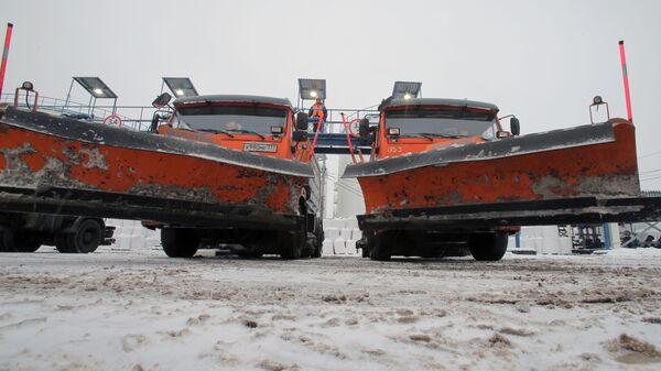 Заправка снегоуборочных машин реагентами