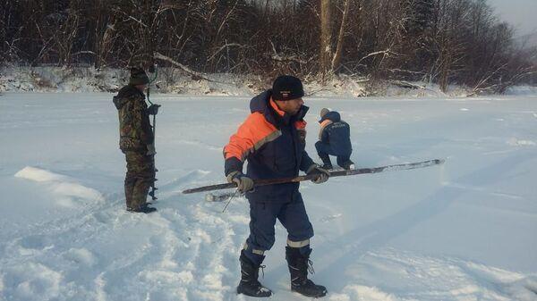 Поиск пропавшего мужчины на реке Гур  около села Кенай в Хабаровском крае. 25 декабря 2018