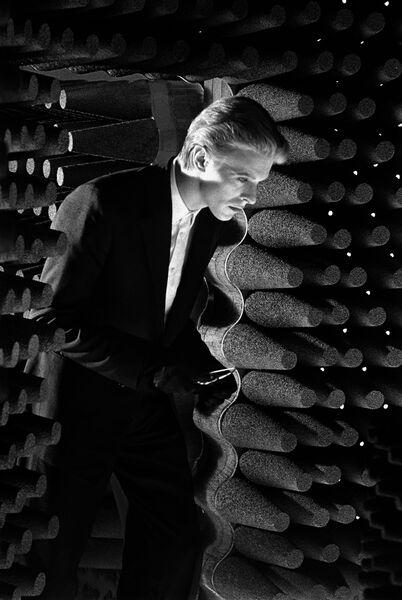 Стив Шапиро. Дэвид Боуи. Человек, который упал на Землю. Нью-Мексико, 1975