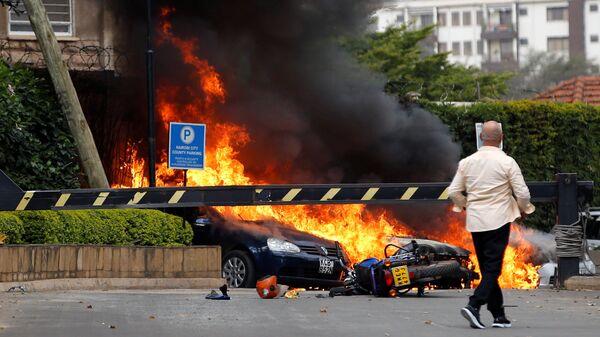 Ситуация на месте взрыва рядом с отелем Dusit в Найроби
