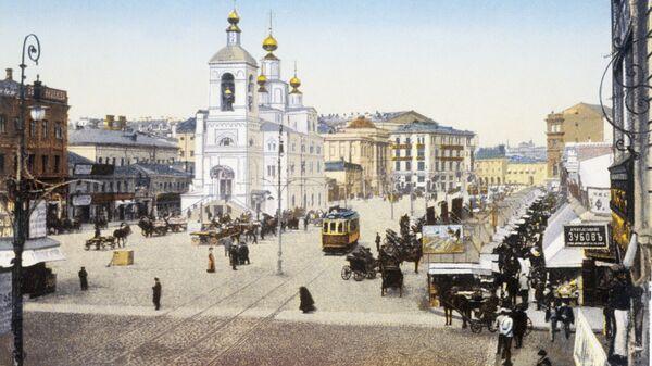 Улица Охотный ряд в Москве