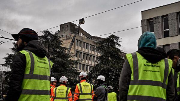 Место взрыва в кампусе университета в Лионе