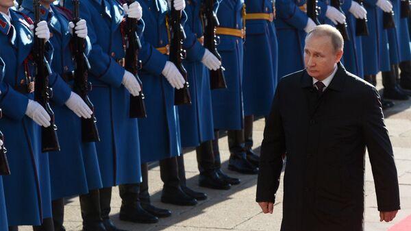 Президент РФ Владимир Путин во время визита в Белград