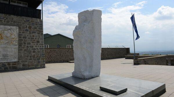 Памятник Дмитрию Карбышеву на территории бывшего нацистского концлагеря Маутхаузен в Австрии