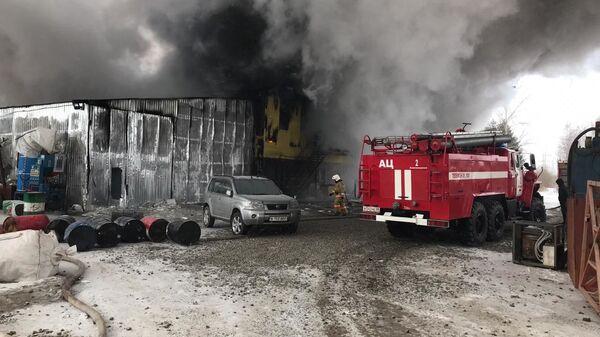 Пожар на складе в Благовещенске. 19 декабря 2019