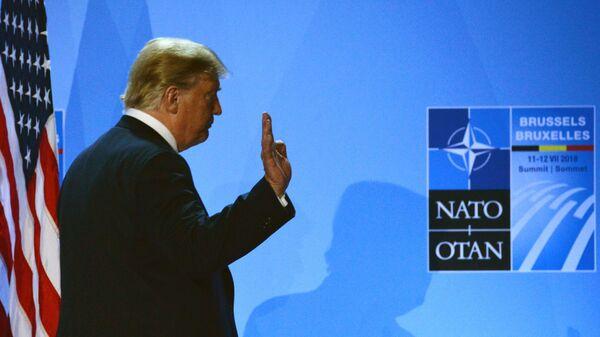 Президент США Дональд Трамп на саммите НАТО