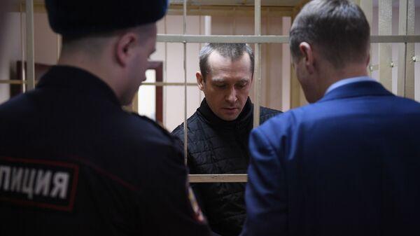 Бывший заместитель начальника управления ГУЭБиПК МВД РФ Дмитрий Захарченко