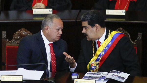 Председатель Национальной ассамблеи Венесуэлы Диосдадо Кабельо и президент Венесуэлы Николас Мадуро