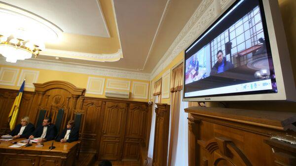 Видеосвязь с руководителем портала РИА Новости Украина Кириллом Вышинским на заседании Верховного суда Украины. 25 января 2019