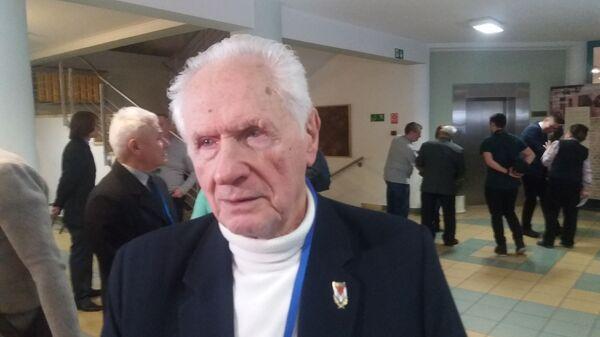 Бывший узник нацистского концентрационного лагеря Аушвиц-Биркенау Станислав Залевский
