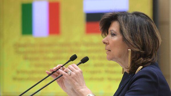 Председатель Сената Италии Мария Элизабетта Альберти-Казелатти выступает на заседании Совета Федерации РФ