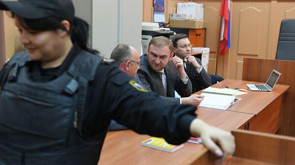Сенатор Рауф Арашуков в Басманном суде Москвы