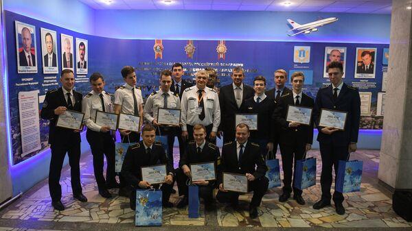 За звание лучшего пилота лайнеров Superjet 100 на площадке УИ ГА сразились лучшие курсанты из Санкт-Петербурга и Ульяновска