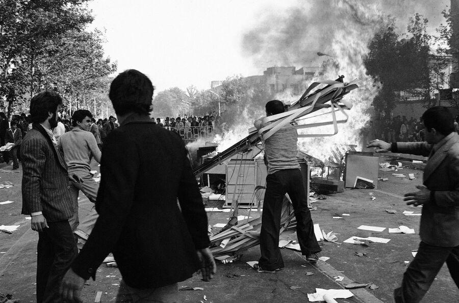 Антиправительственные демонстрации в Тегеране. 5 ноября 1978