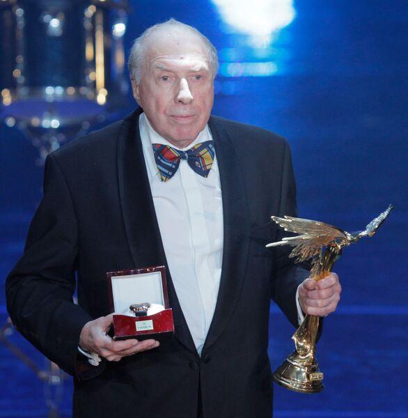 Актер и режиссер Сергей Юрский, получивший национальную кинематографическую премию Ника за честь и достоинство