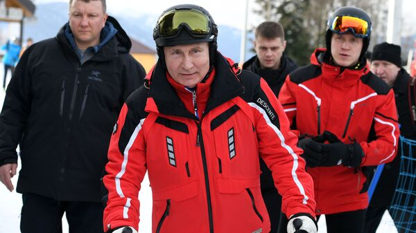 Двадцать лет у власти: как менялся Путин и страна при нем
