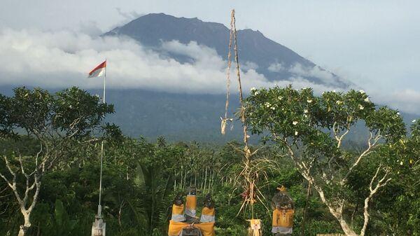 Вулкан Агунг на острове Бали