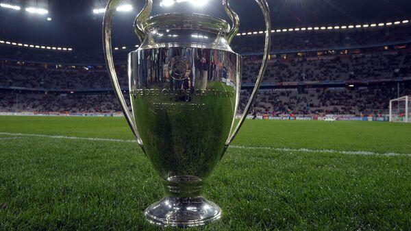 Главный трофей Лиги чемпионов на мюнхенской Альянц-Арене