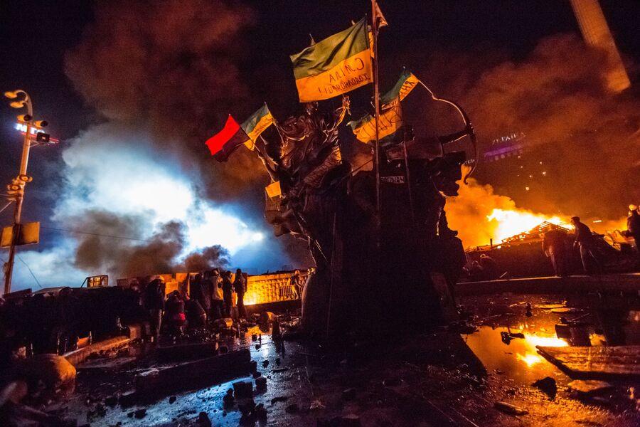 Сторонники оппозиции на площади Независимости в Киеве