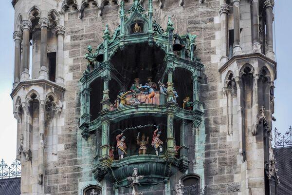 Часы Глокеншпиль на Новой Ратуше в Мюнхене