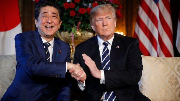 Свои люди – сочтутся. Премьер Японии поступил, как простой американец