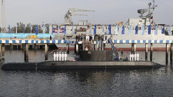 Президент Ирана Хасан Рухани представил подводную лодку Фатех в Бендер-Аббас. 17 февраля 2019 года