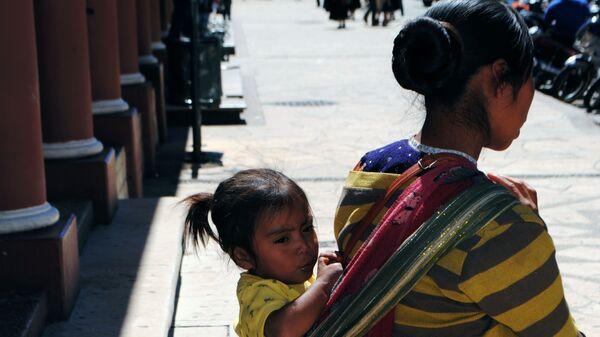 Женщина с ребенком в штате Чьяпас