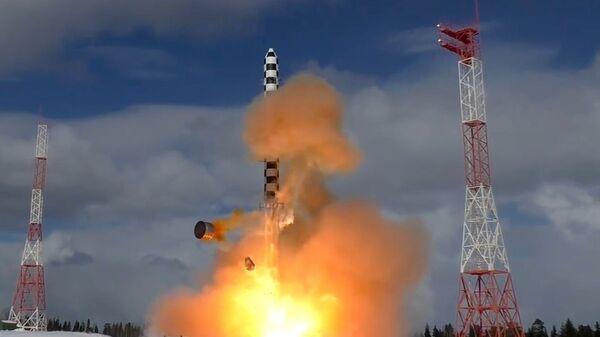 Запуск тяжелой межконтинентальной баллистической ракеты Сармат с космодрома Плесецк в Архангельской области