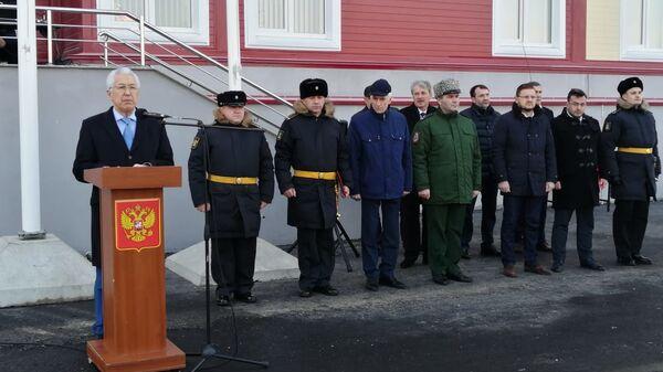 Глава Дагестана Владимир Васильев во время посещения 106 бригады надводных кораблей Каспийской флотилии