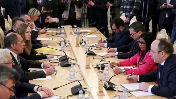 Встреча министра иностранных дел РФ Сергея Лаврова и исполнительного вице-президента Венесуэлы Дельси Родригес в Москве. 1 марта 2019