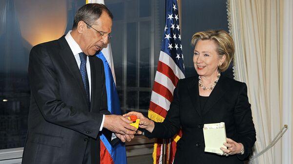 Первая полноформатная встреча глав внешнеполитических ведомств России и США Сергея Лаврова и Хиллари Клинтон в отеле Интерконтиненталь в Женеве