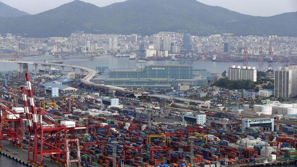 Порт  в Южной Корее