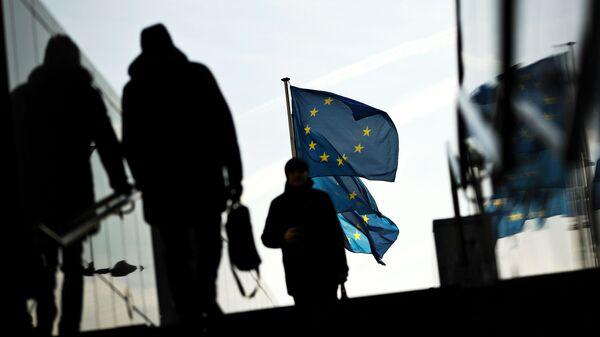 """В Европе призывают задушить свободу слова, чтобы """"русские не прошли"""""""