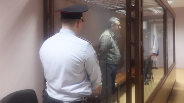 Обвиняемые по делу об убийству шести человек во время оглашения приговора