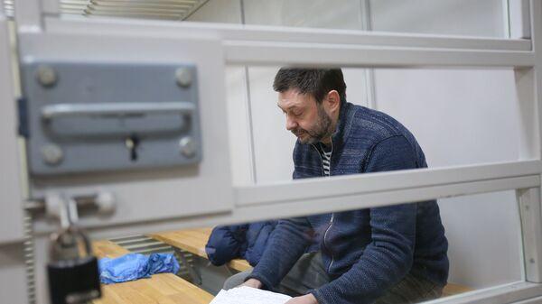 Руководитель портала РИА Новости Украина Кирилл Вышинский в Херсонском апелляционном суде. 6 марта 2019