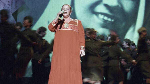 Певица Александра Стрельченко