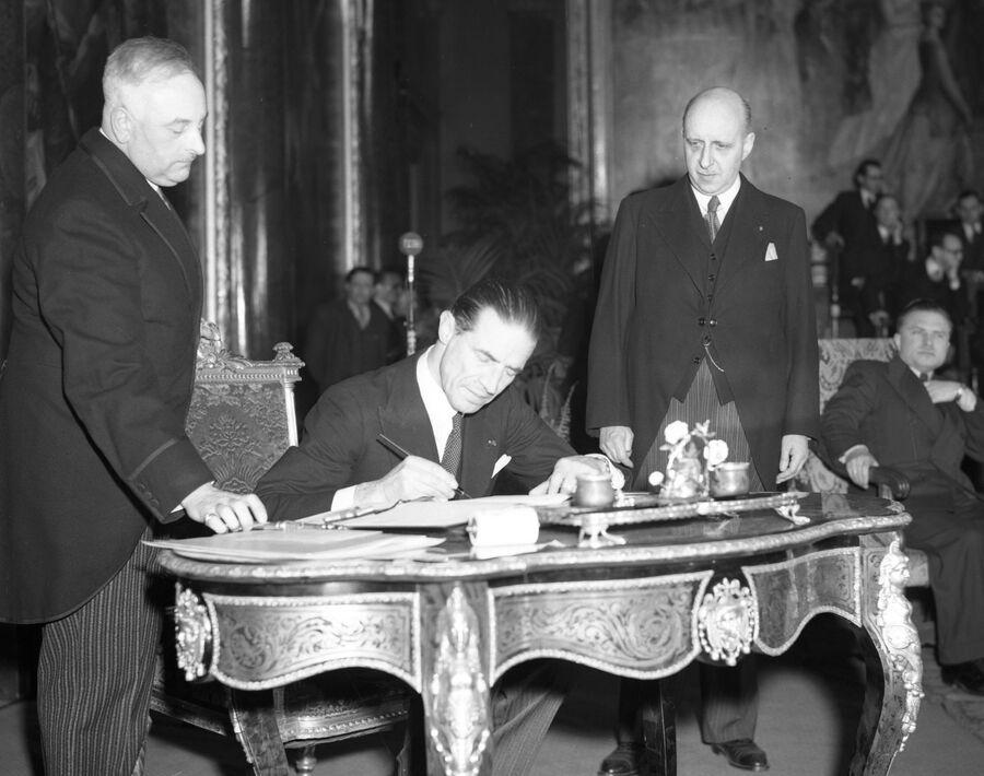 Подписание Брюссельского пакта. 1948 год