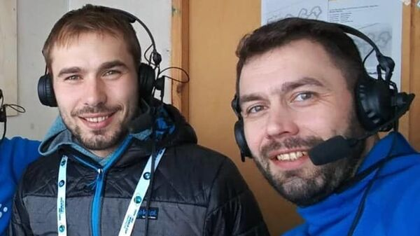 Антон Шипулин (в центре) и Николай Круглов (справа)
