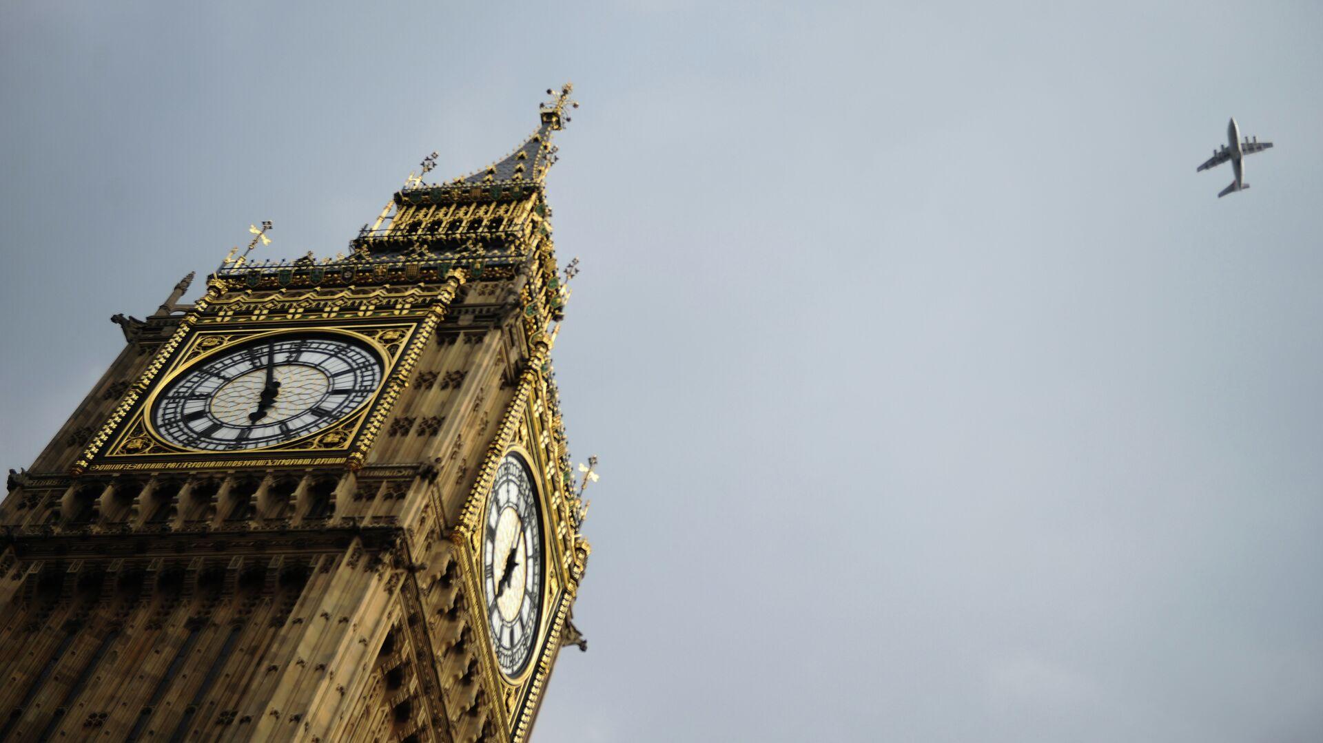 Часовая башня Биг Бен Вестминстерского дворца в Лондоне - РИА Новости, 1920, 21.12.2020