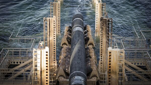 Укладка труб газопровода Северный поток-2 в территориальных водах Швеции