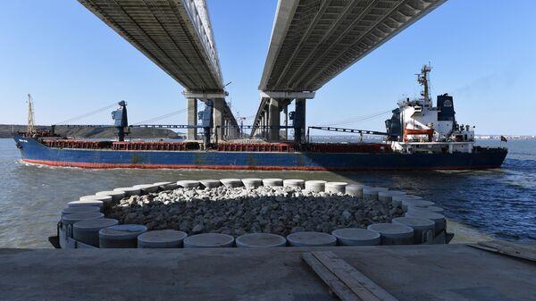 Пролеты Керченского моста