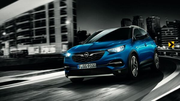 Автомобиль Opel Grandland X