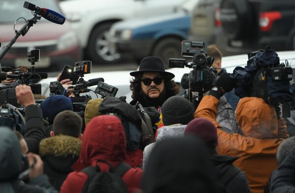 Певец Филипп Киркоров перед началом церемонии прощания с певицей Юлией Началовой