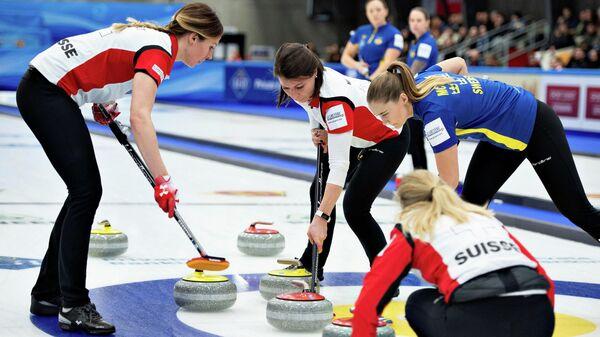 Керлингистки сборной Швейцарии в финале чемпионата мира